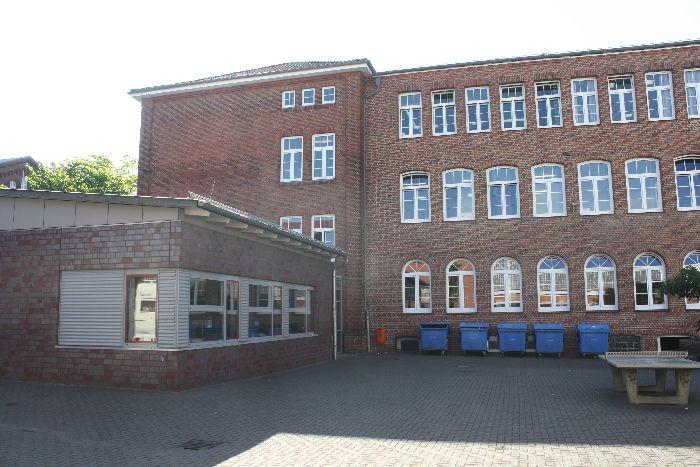 Schule und Technikraum